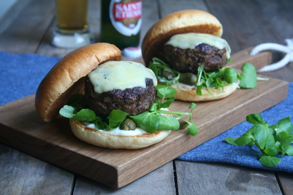 The Ultimate French Cheeseburger