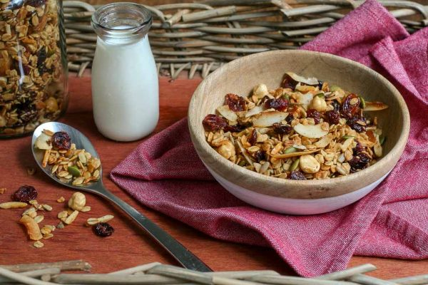 Make Your Own Granola & Milk