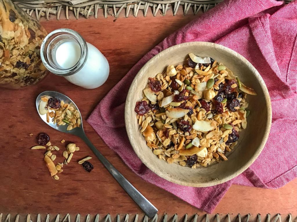 Make your Own Granola Breakfast Table