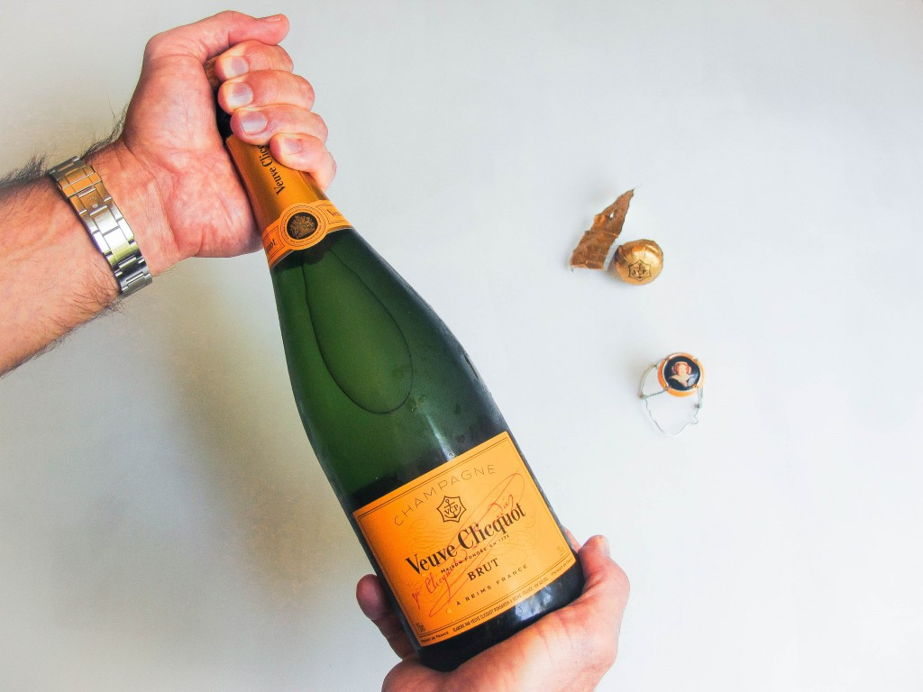 How to Drink Champagne #ChampagneDay